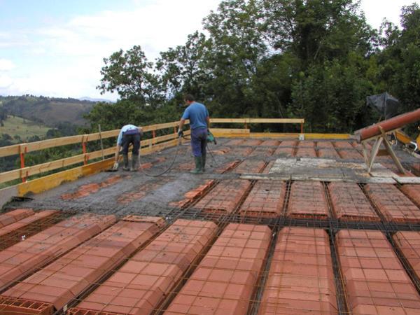 Galer a empresa de construcci n en cangas de on s asturias - Empresas construccion asturias ...